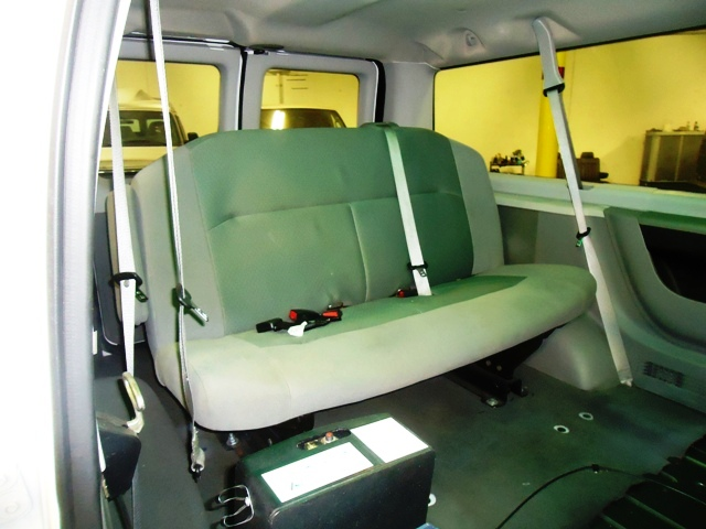 2009 ford e250- Complete Mobility Presidential Conversion Van